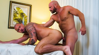 Gay Porn Killian Knox Fucks Michael Roman