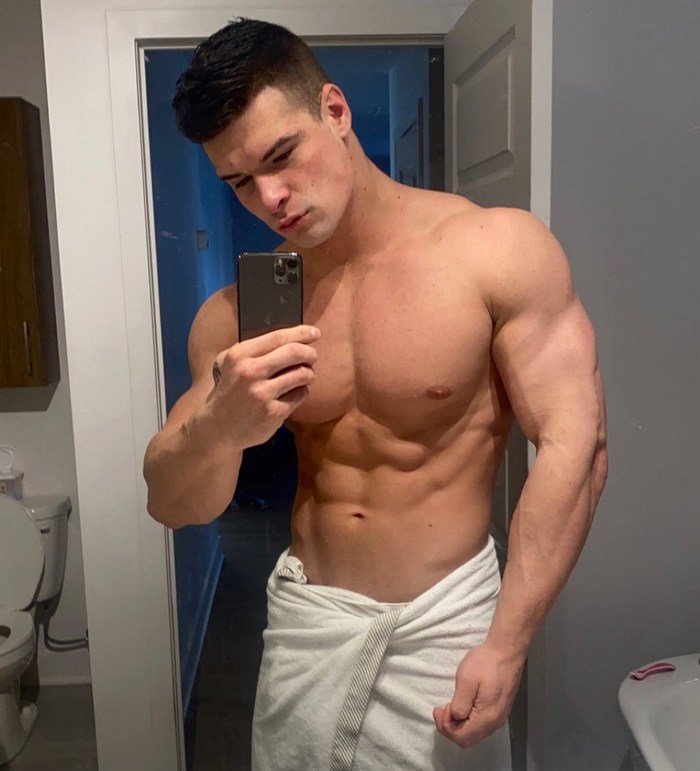 Malik Delgaty Gay Porn Star Canadian Muscle Hunk Male Stripper Shirtless Stud 5